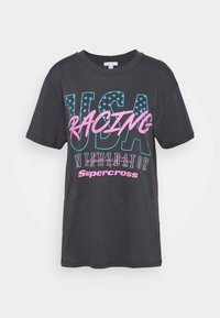 USA RACING TEE - Triko s potiskem - grey