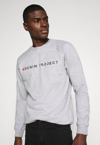 Denim Project - LOGO CREW - Felpa - mottled light grey - 3