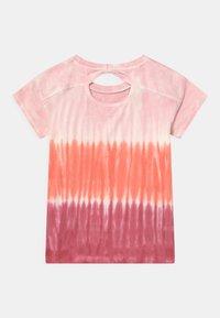 Staccato - BATIK TEEN - Print T-shirt - neon red - 1