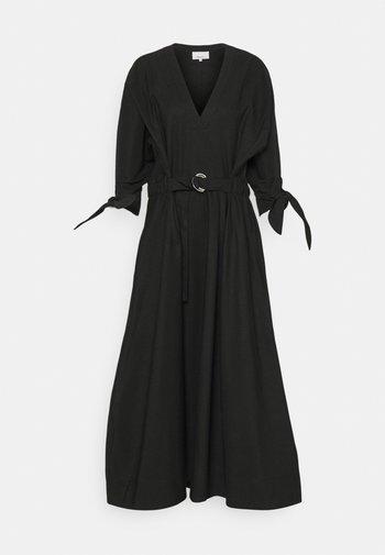 WAISTED TIE LONG DRESS - Vestido largo - black