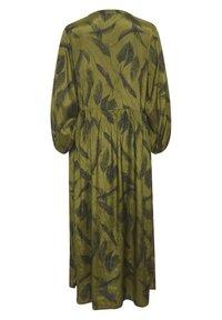 Kaffe - KADARLY - Robe d'été - capulet olive feather print - 5