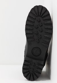 Panama Jack - FELINA IGLOO TRAVELLING - Cowboy/biker ankle boot - black - 6