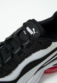 Puma - CELL STELLAR - Sneakersy niskie - white/black - 2