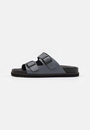 STEFAN - Pantofle - grey