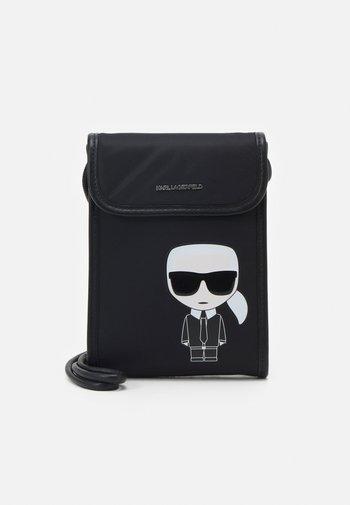 IKONIK PHONE - Phone case - black