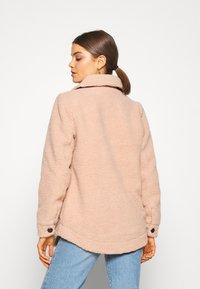 Vero Moda - VMZAPPA JACKET - Winter jacket - mahogany rose - 2