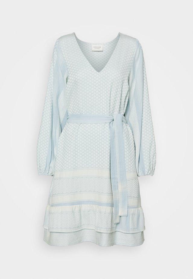 LIA - Korte jurk - blue whisper
