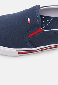 Tommy Hilfiger - UNISEX - Trainers - blue - 5