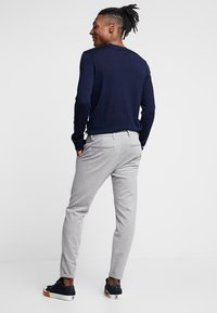 Gabba - PISA PANT - Chinos - light grey melange - 2
