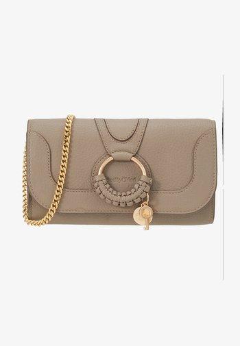 HANA Hana phone wallet