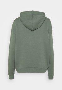 Even&Odd - BASIC BOXY OVERSIZED HOODIE - Bluza z kapturem - green - 1