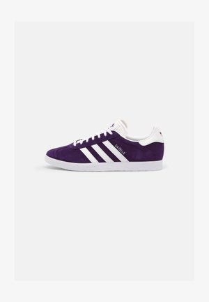 GAZELLE SHOES - Tenisky - rich purple/ftwr white/ftwr white