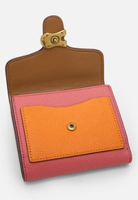 Coach - TABBY SMALL WALLET - Peněženka - taffy orange/multi - 3