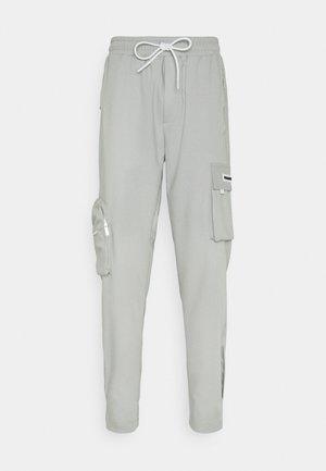 COLLANA TRACK PANTS UNISEX - Pantalon cargo - mint
