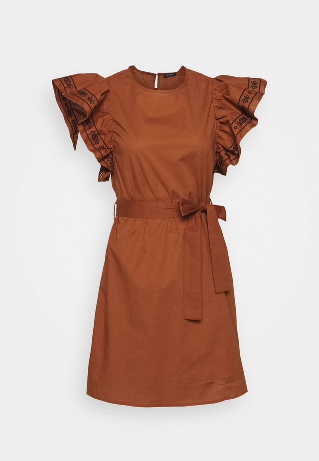 TARCIN - Day dress - cinnamon