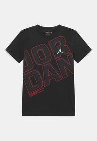 Jordan - JORDAN NEXT UTILITY - T-shirt con stampa - black - 0