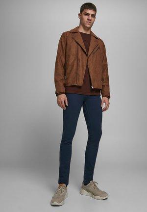 LIAM ORIGINAL AKM - Jeans Skinny Fit - navy blazer