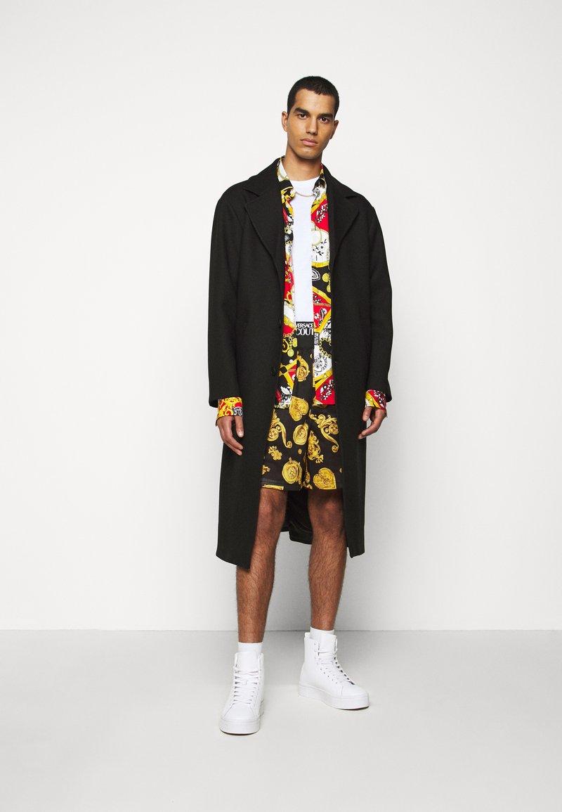 Versace Jeans Couture - DIAGONAL COAT MIRO - Cappotto classico - nero