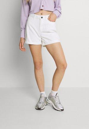 NMSMILEY - Denim shorts - bright white