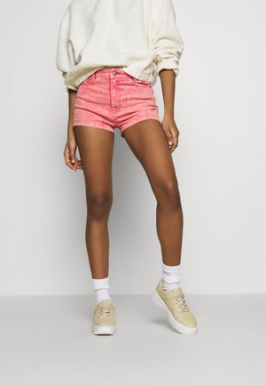 RETRO - Short en jean - purple