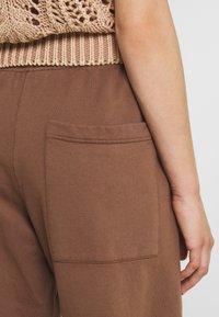 Jaded London - NEUTRALS JOGGER IN RELAXED FIT - Pantalon de survêtement - brown - 5