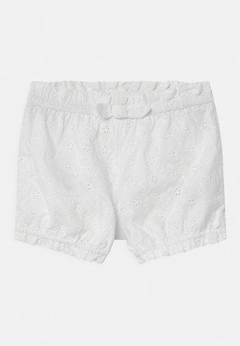 Shorts - optic white