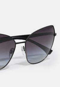 Emporio Armani - ESSENTIAL LEISURE - Occhiali da sole - gunmetal gradient black - 4