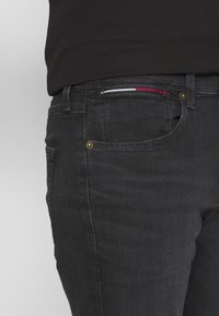 Tommy Jeans - MILES - Slim fit jeans - max black - 4