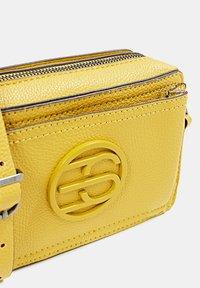 Esprit - FRAN SMALL - Across body bag - brass yellow - 3