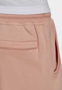 adidas Originals - ABSTRACT - Shorts - dust pink - 3