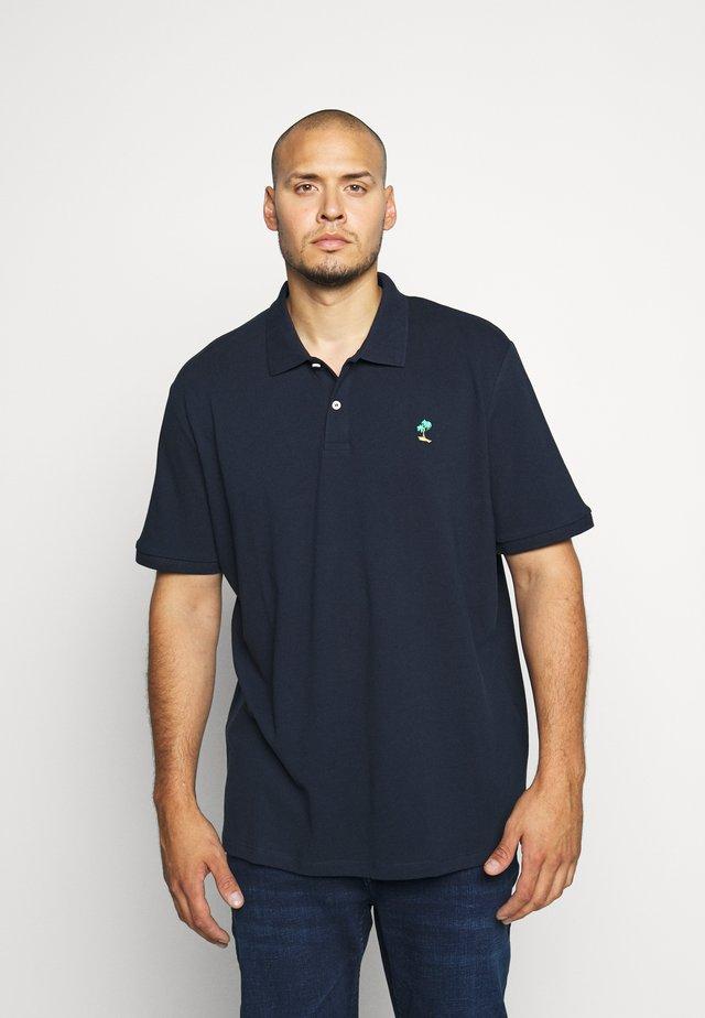JORCOBANA - Polo - navy blazer