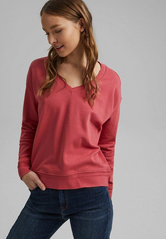 Sweater - blush