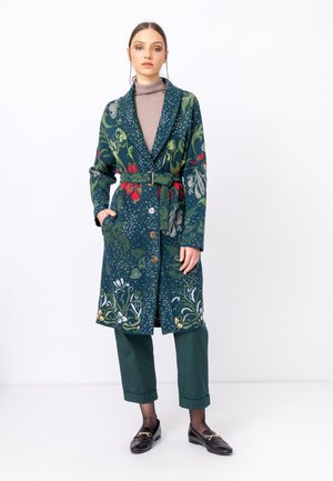 Klassinen takki - green