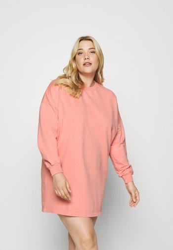 ACID WASH BALLON SLEEVE DRESS - Day dress - pink