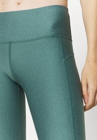 Under Armour - HI RISE CROP - Tights - saxon green light heather - 5