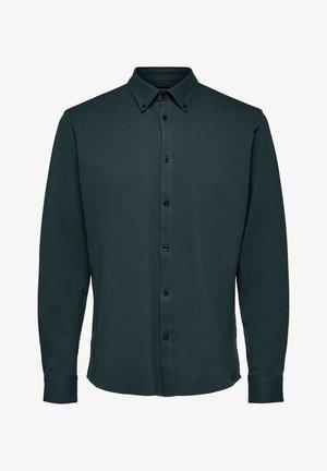 SLHSLIMAVENUE - Shirt - darkest spruce