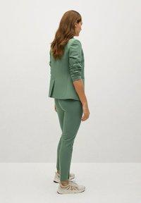 Mango - BOREAL - Chino kalhoty - groen - 2