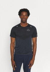 Nike Performance - RUN - Print T-shirt - black/thunder blue/silver - 0