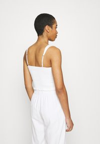 Abercrombie & Fitch - PLEATED WIDE STRAP BUTTON THRU - Top - white - 2