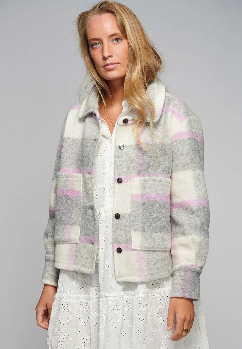 Noella - VIKSA - Summer jacket - light grey pink