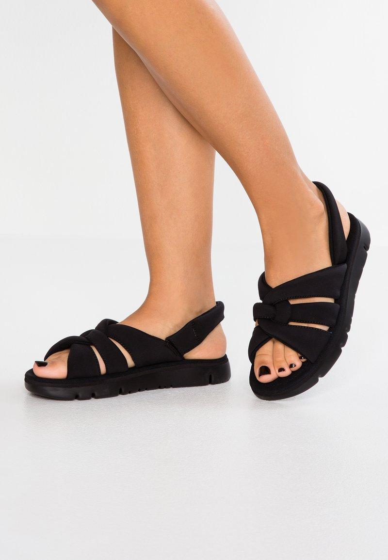 Camper - ORUGA - Sandaalit nilkkaremmillä - black