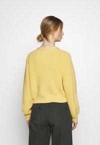 Monki - Vest - yellow - 2