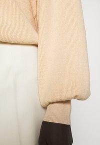 Bruuns Bazaar - ANEMONE MIRE CARDIGAN - Cardigan - pale sand - 5