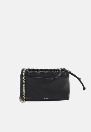 EVELYN CROSSBODY - Across body bag - black