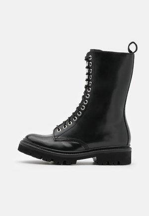 ARDEN - Nauhalliset saappaat - black colorado