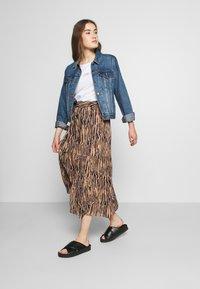 Vero Moda - VMSAGA SKIRT - Maxi sukně - tan/selma - 1