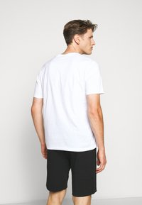 HUGO - DERO - Basic T-shirt - white - 2