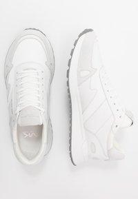 Michael Kors - MILES - Trainers - optic white - 1