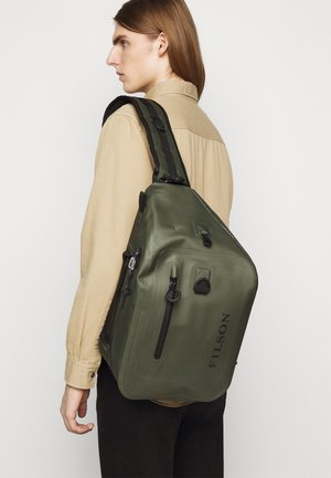 DRY SLING PACK - Across body bag - green