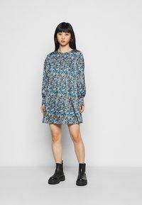 Vero Moda Petite - VMLULU SHORT DRESS - Day dress - black - 0